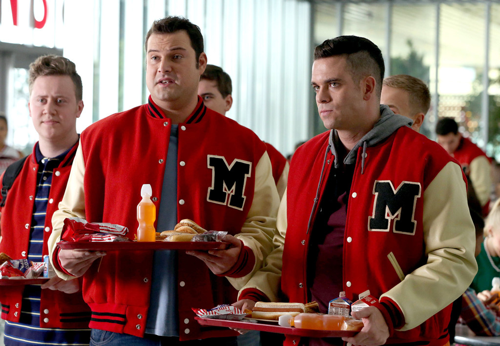 Glee Finale Flashes Back to 2009 and Gives Touching Nod to